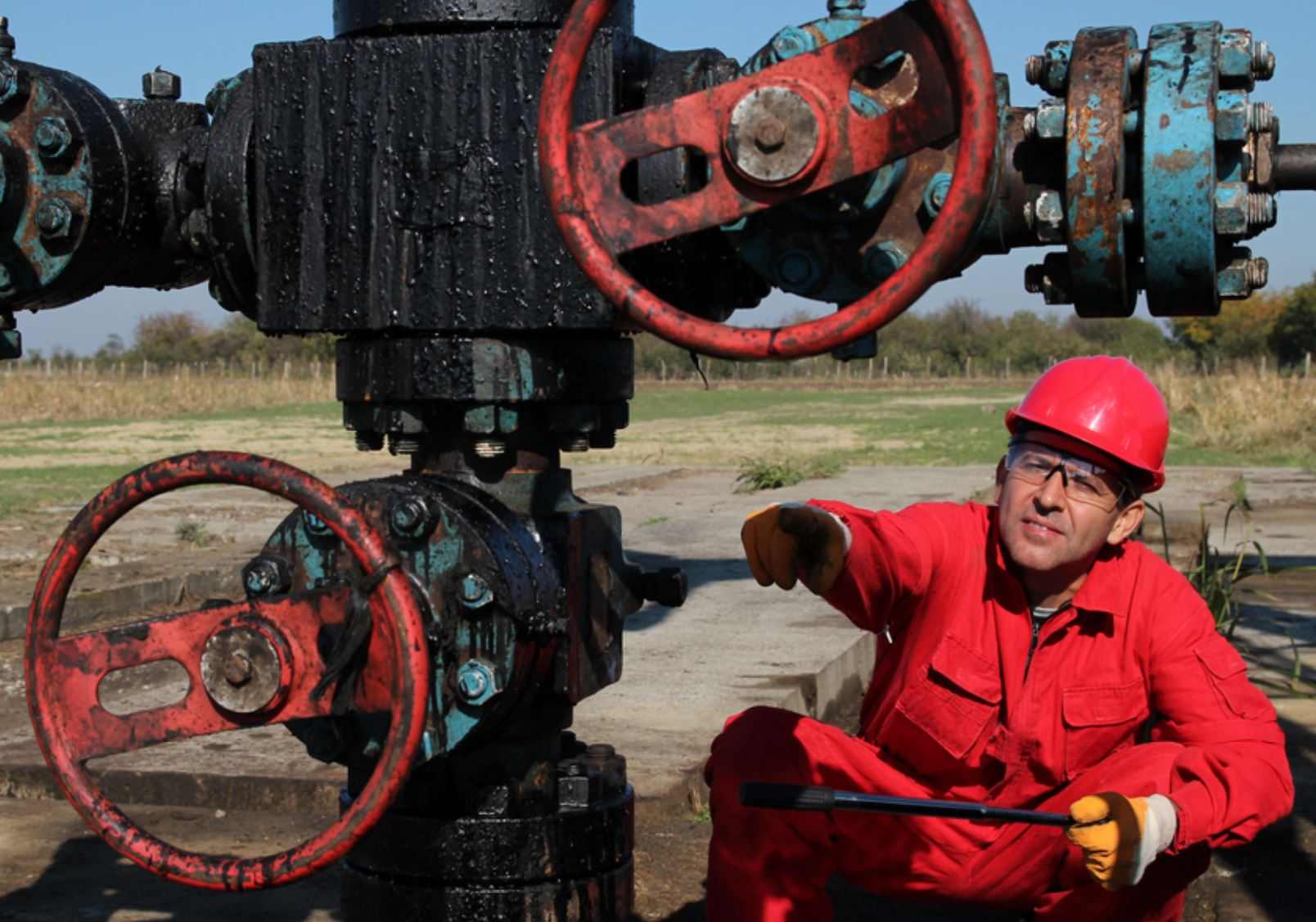 Remote oilfield monitoring worker on site